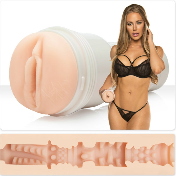 Fleshlight Girls Nicole Aniston Vagina Fit 1