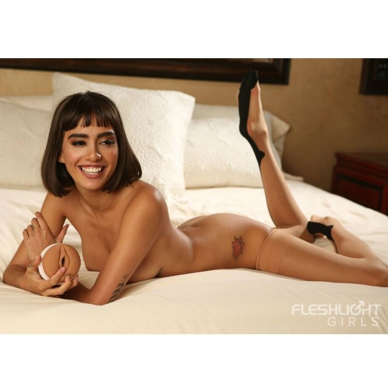 Fleshlight Girls Janice Griffith Eden Vagina 3